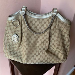 Authentic Gucci Sukey Bag - Large